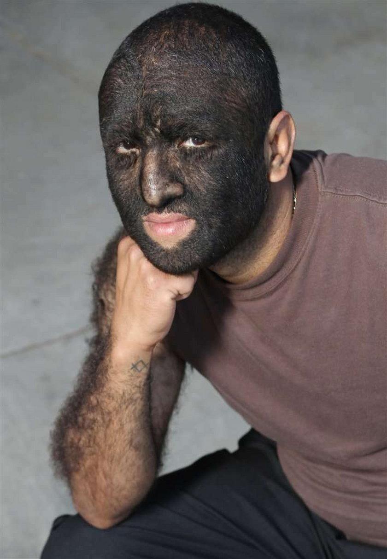 Człowiek-Wilk robi karierę w... FOTO
