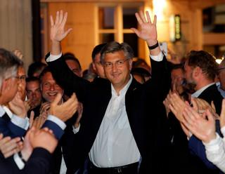Chorwacja: Zdecydowane zwycięstwo wyborcze rządzącej HDZ