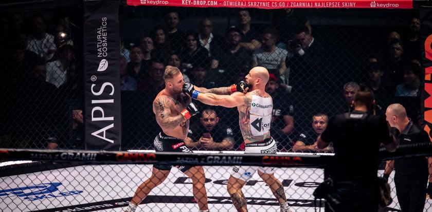 Fame MMA 11. Świetne starcie Mańkowskiego z Parkiem. Roślik wygrał walkę, ale stracił forsę
