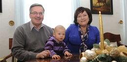 Komorowscy z wnukiem! Pierwsze święta w Belwederze. FOTY
