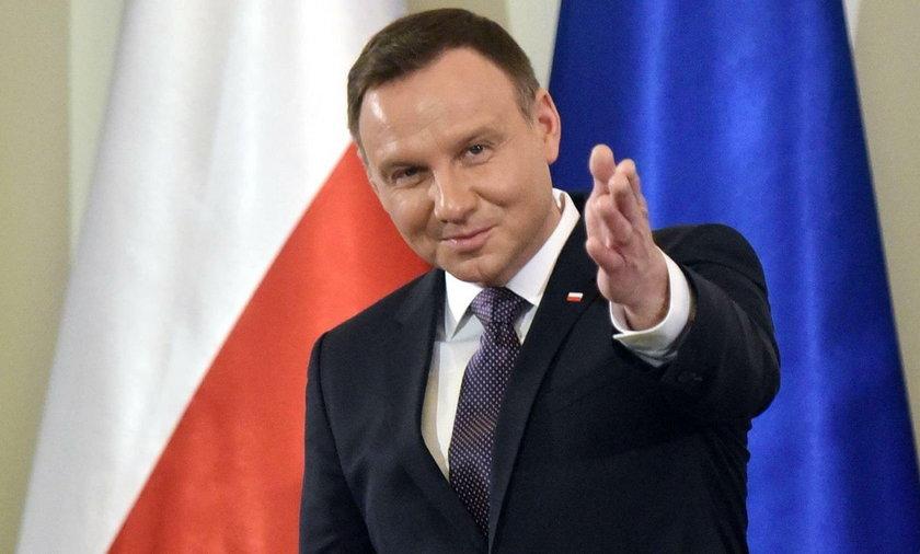 620 tys. zł na doradców prezydenta