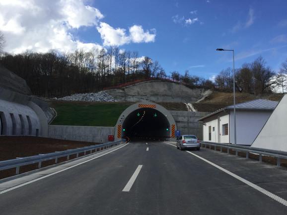 Koridor 10 jedna je od najvažnijih panevropskih saobraćajnica