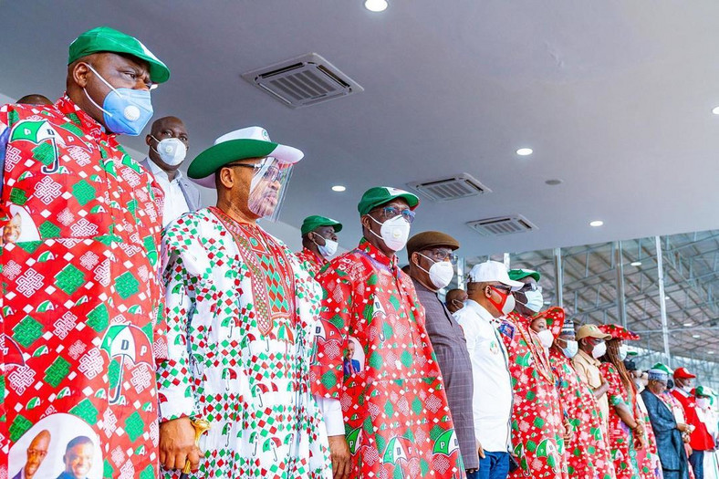 Okowa and other PDP governors rally support for Obaseki at the Samuel Ogbemudia stadium on Tuesday, September 15, 2020 (Delta State press corps)