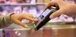 Transakcje kartami liczono dwa razy. Twoje też?