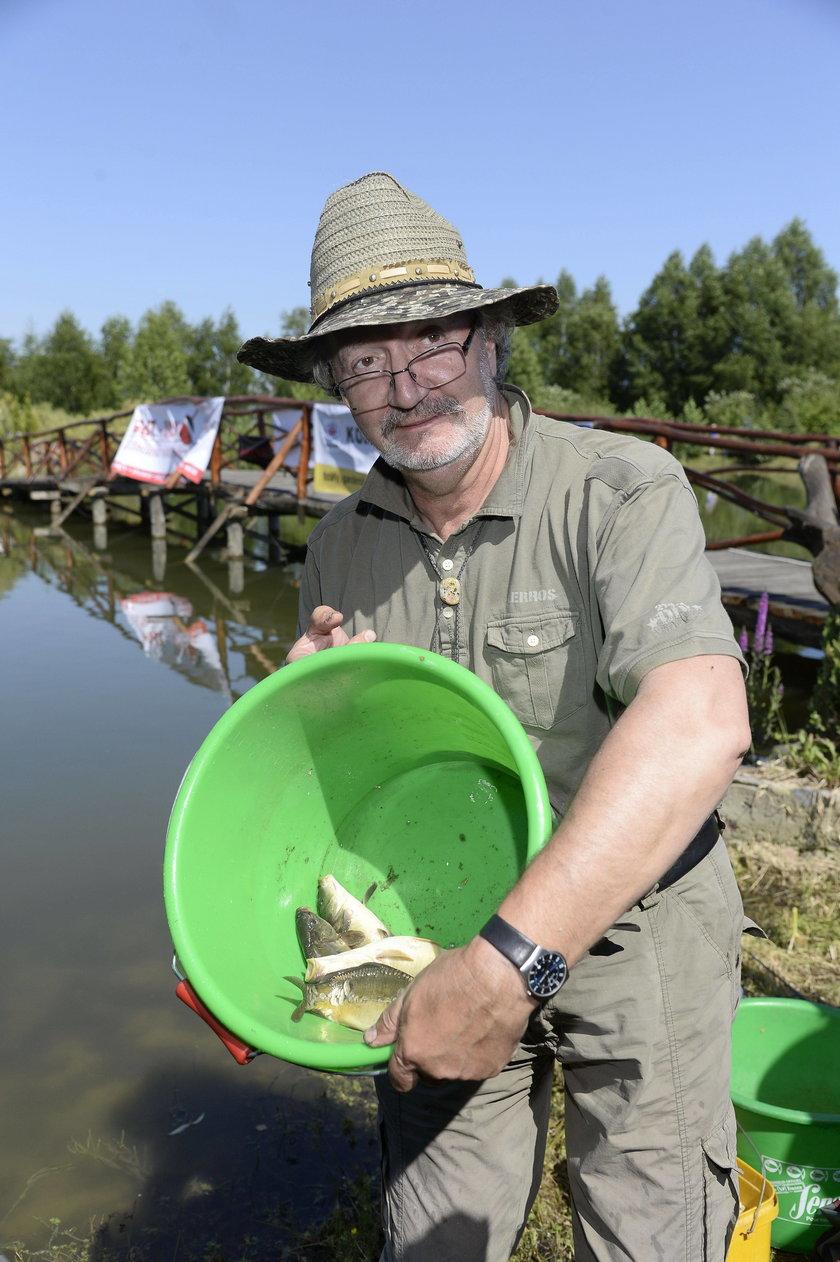Krzysztof Daukszewicz na zawodach aktorów w łowieniu ryb
