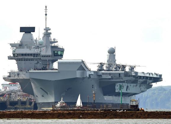 Brod Kraljica Elizabeta