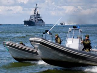 Baltic Sea Fleet ships parade on Russian Navy Day