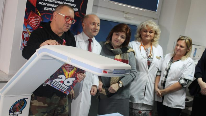Fundacja WOŚP przekazała nowy sorzęt dla szpitala na warszawskim Powiślu