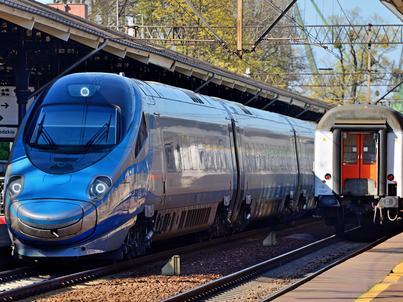 Pakiet Podróżnika to wspólna oferta biletowa PKP Intercity, Polregio i PKP SKM Trójmiasto