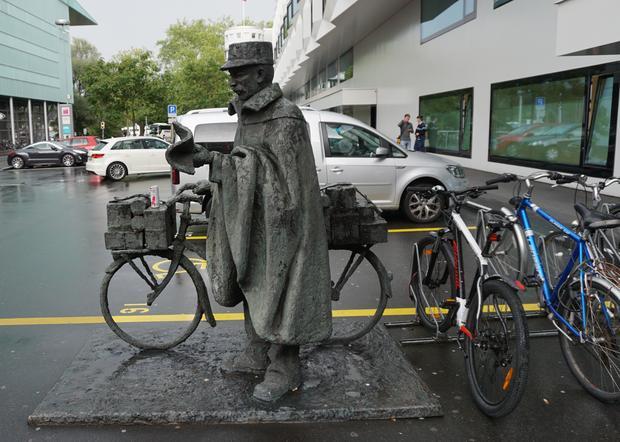 Pomnik rowerowego pocztowca w Lucernie