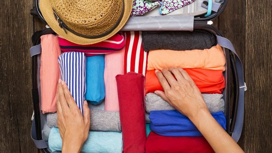 Bardzo ważne jest odpowiednie spakowanie walizki - tatomm/stock.adobe.com