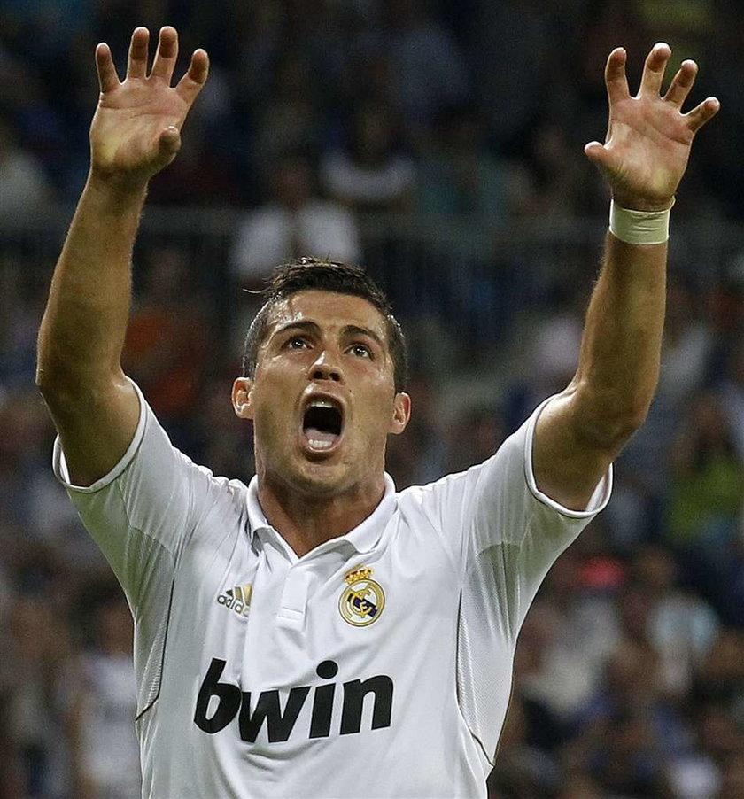 Ronaldo ma chrapke na rumuńską seksbombę?!