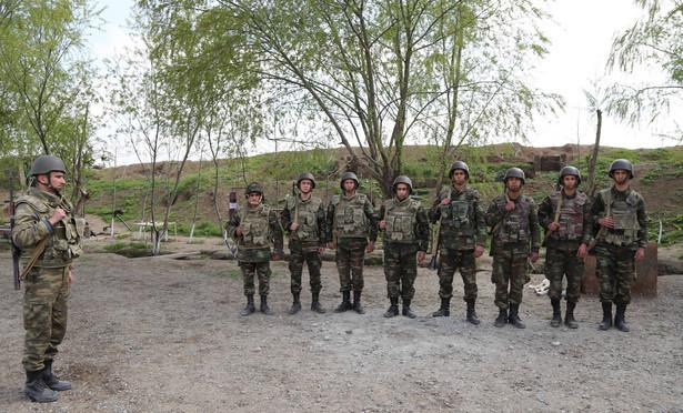 Żołnierze z Azerbejdżanu