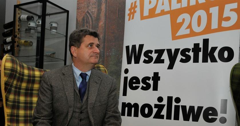 Rok 2015. Janusz Palikot na spotkaniu z prezydentem Słupska Robertem Biedroniem, byłym posłem jego partii