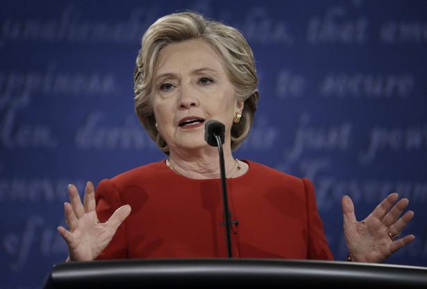 W wielu stanach wahadłowych frekwencja jest wyższa wśród Demokratów, co dobrze wróży Hillary Clinton