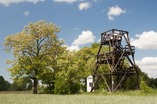 Stacja drogi krzyżowej i wieża widokowa