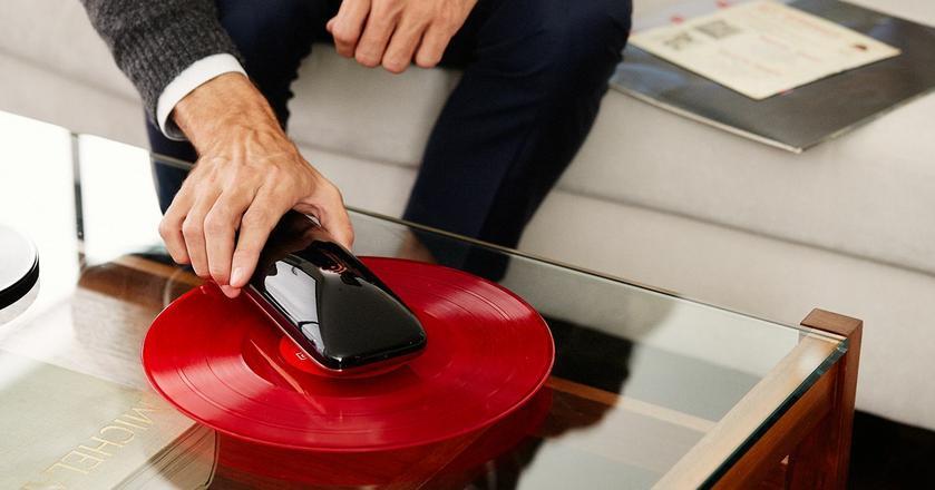 Love - gramofon sterowany za pomocą smartfona