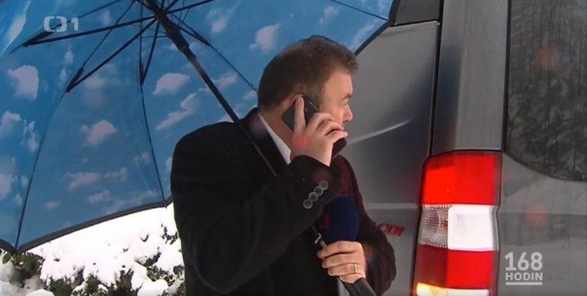 Pech czeskiego korespondenta. Miał prowadzić relację na żywo