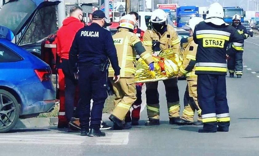 Dramat w polskiej służbie zdrowia. Wieźli kobietę z udarem w bagażniku samochodu