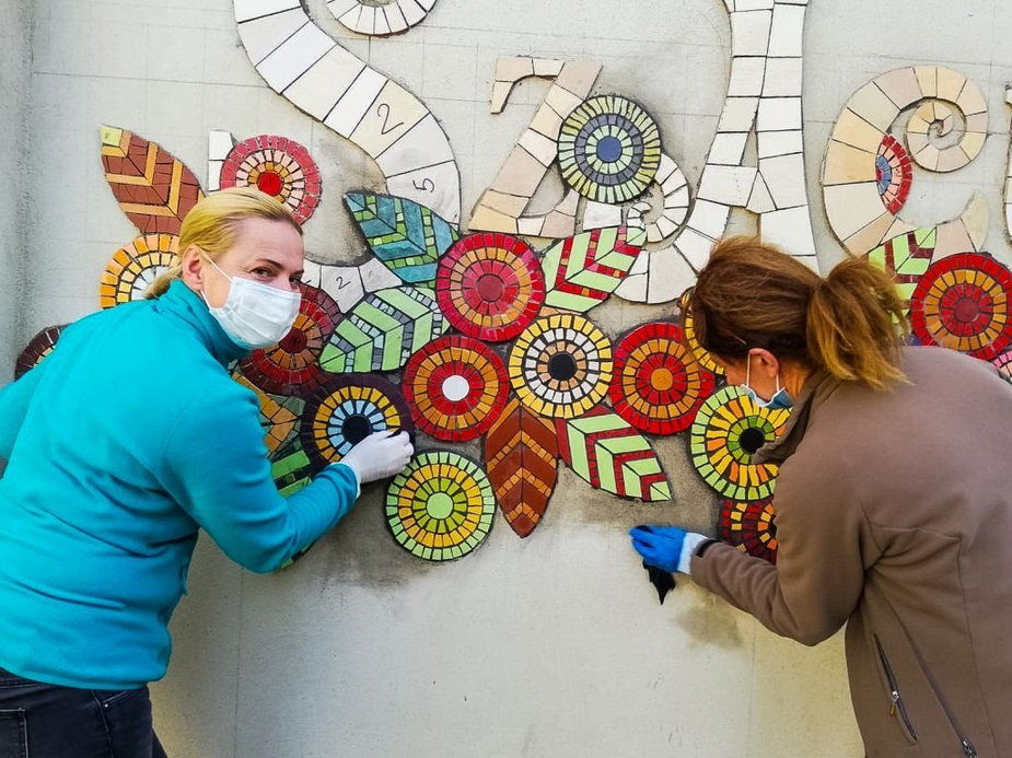 Powstała mozaika przy Kubiszówce