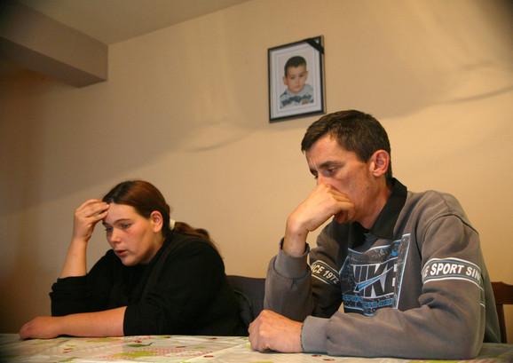Neverica: Roditelji preminulog mališana