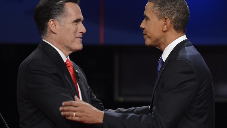 Obaj kandydaci idą łeb w łeb