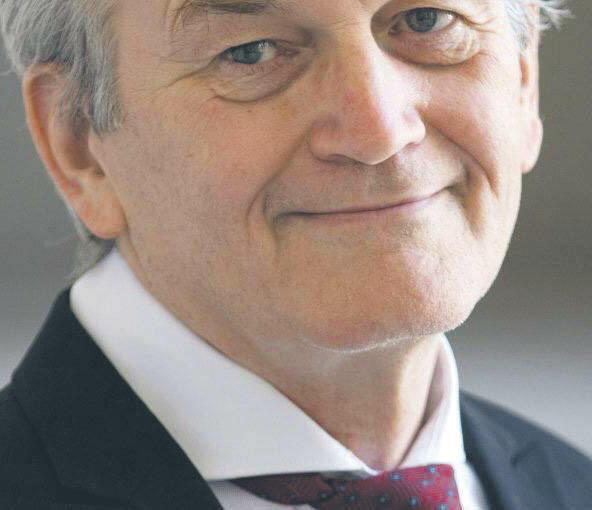 DGP Thomas O'Donnell, analityk spraw międzynarodowych i rynku energetycznego, wykładowca prywatnego berlińskiego uniwersytetu Hertie School of Governance.