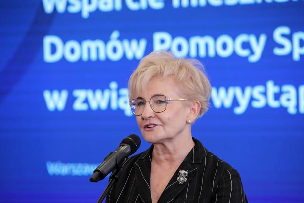 Analizujemy możliwość wsparcia kolejnych branż – powiedziała Michałek.