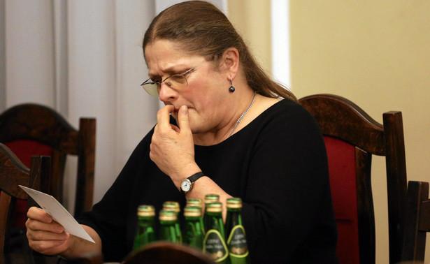 """Pawłowicz, poproszona przez PAP o skomentowanie postanowienia komisji, zaznaczyła, że """"nie ma na to słów"""""""