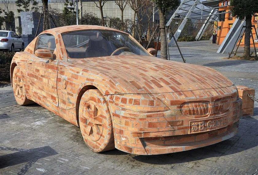 Zrobił BMW z ...cegieł! Fajne?