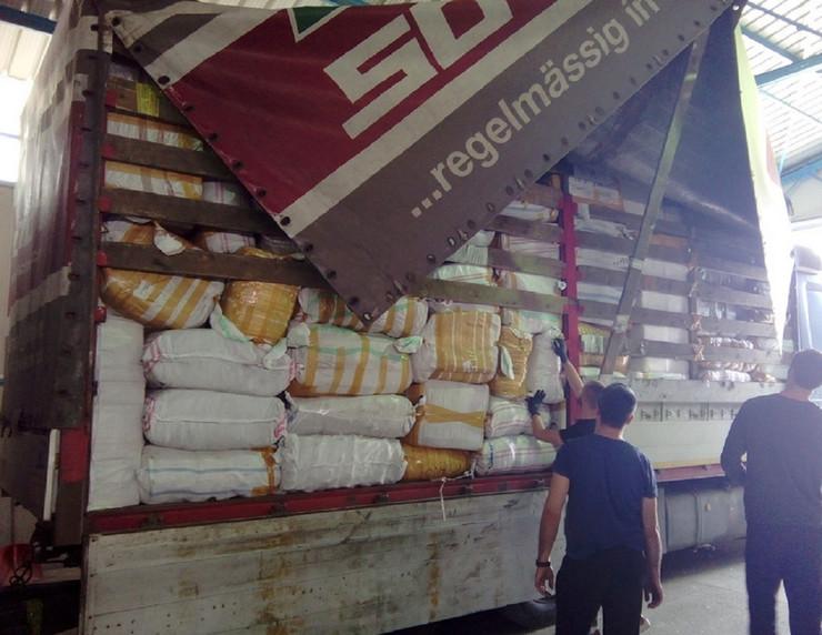 Garderoba u kamionu 11 04 2018 Surcin