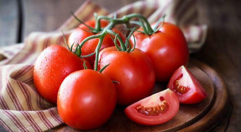 5 reasons why tomatoes is good for your skin