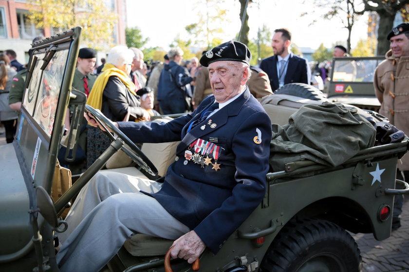 75. rocznica wyzwolenia Bredy. Holendrzy oddali hołd polskim żołnierzom