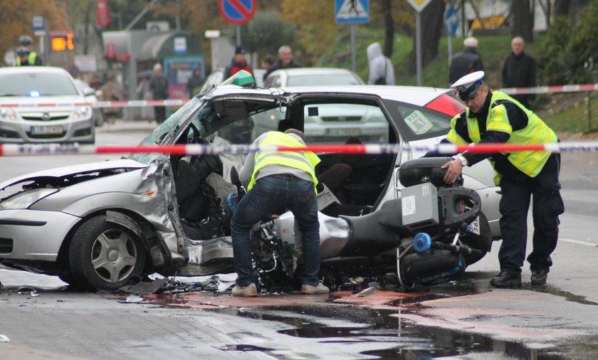 Śmierć policjanta. Wbił się w taksówkę