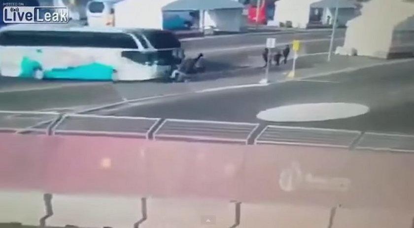 Autobus przejechał 15-letnią pływaczkę. Jest w śpiączce!