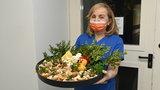 Wielkanoc dla chorych na COVID-19. Pracownicy szpitala upiekli ciasta dla pacjentów