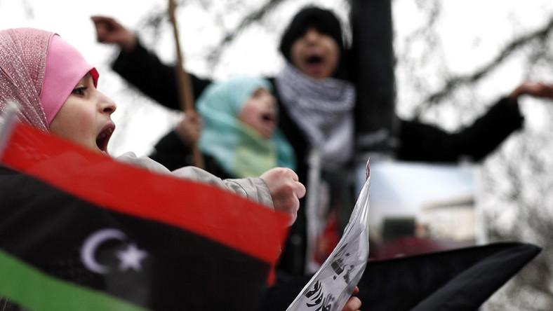 UE żąda zaprzestania użycia siły wobec demonstrantów w Libii