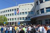 NIS11 protest Nislija pred Skupstinom grada zbog odluke da se aerodrom pokloni republici foto Branko Janackovic