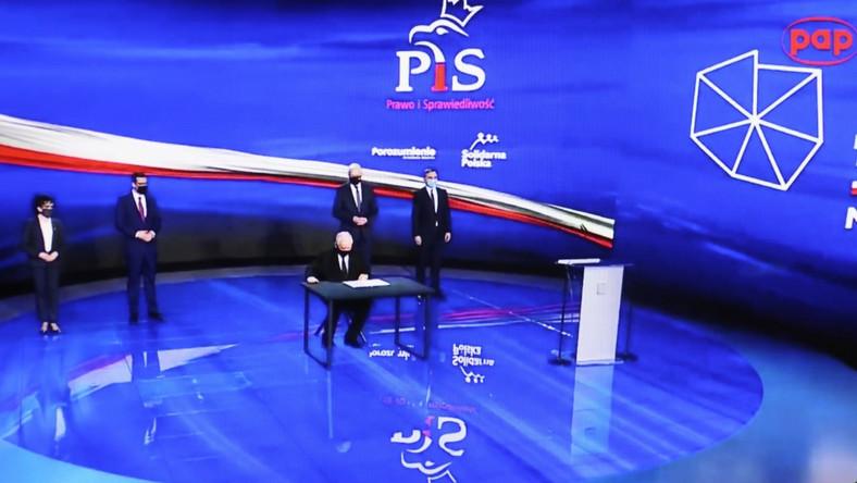 Liderzy Zjednoczonej Prawicy podpisali deklarację programową Polski Ład
