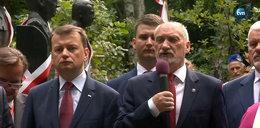 Macierewicz odsłonił w Ossowie popiersia ofiar katastrofy smoleńskiej