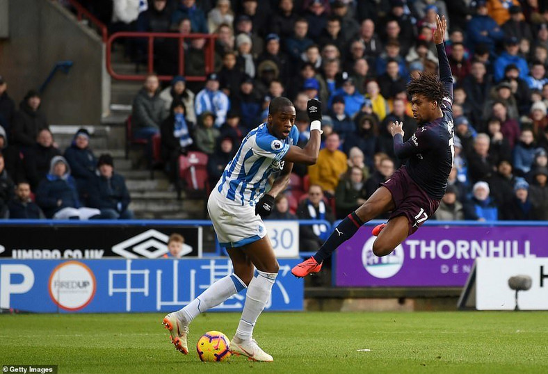 Alex Iwobi scored for Arsenal in their win over Huddersfield (Getty Images)
