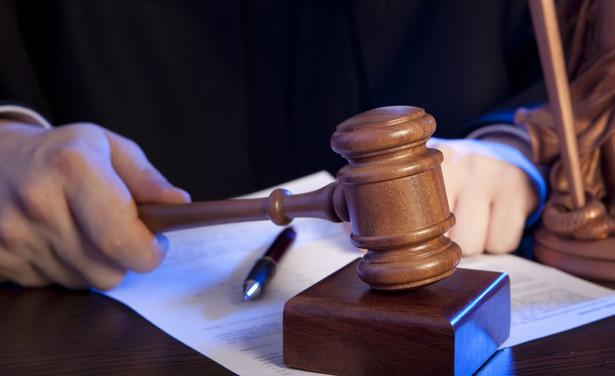 Prokuratorzy skierowali do sądów dyscyplinarnych prawie 100 wniosków o zezwolenie na pociągnięcie do odpowiedzialności karnej sędziów i prokuratorów