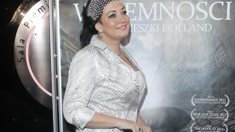 """Alicja Węgorzewska-Whiskerd na premierze najnowszego filmu Agnieszki Holland """"W ciemności""""."""