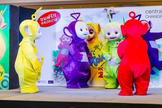 W serialach przybywa postaci LGBT. W programach dla dzieci to nadal temat tabu