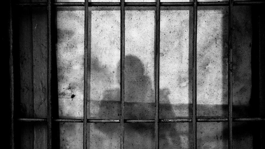 """Koronawirus. Pięć miesięcy w areszcie za złamanie kwarantanny. """"Odechciało mi się żyć"""""""