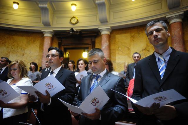 Notari su juče u Skupštini položili zakletvu pred ministrom Selakovićem