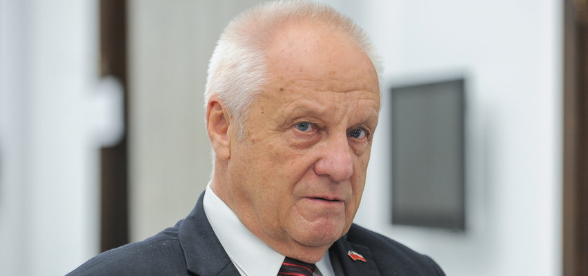 Niesiołowski atakuje PiS i kpi z Trybunału Konstytucyjnego: Czesi są sprzeczni z Konstytucją, COVID też