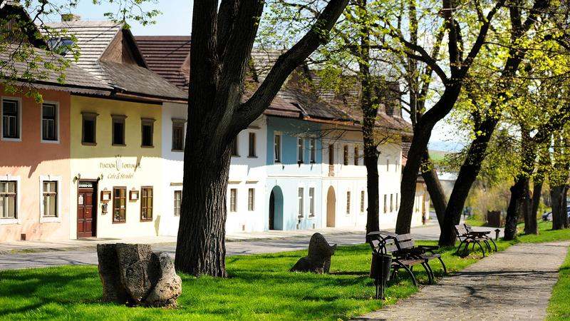 Spiska Sobota - Kamieniczki przy rynku w Spiskiej Sobocie