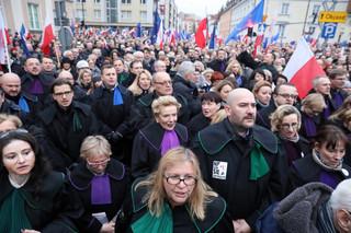 Marsz tysiąca tóg w Warszawie. Prezydent: Rzeczywiście - najbardziej mordercza jest hipokryzja