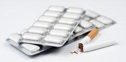 Chcesz rzucić palenie? Nie żuj gumy!